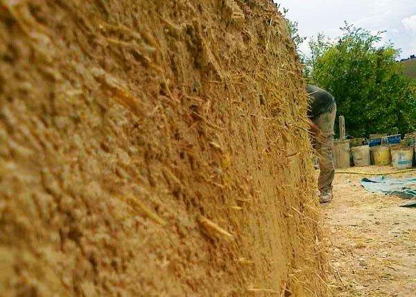 cob con paglia permacultura