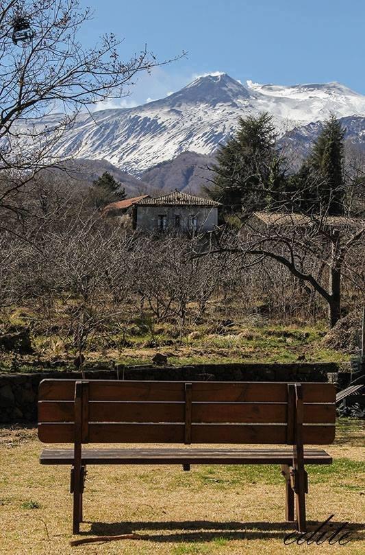 casa paglia felcerossa etna permacultura